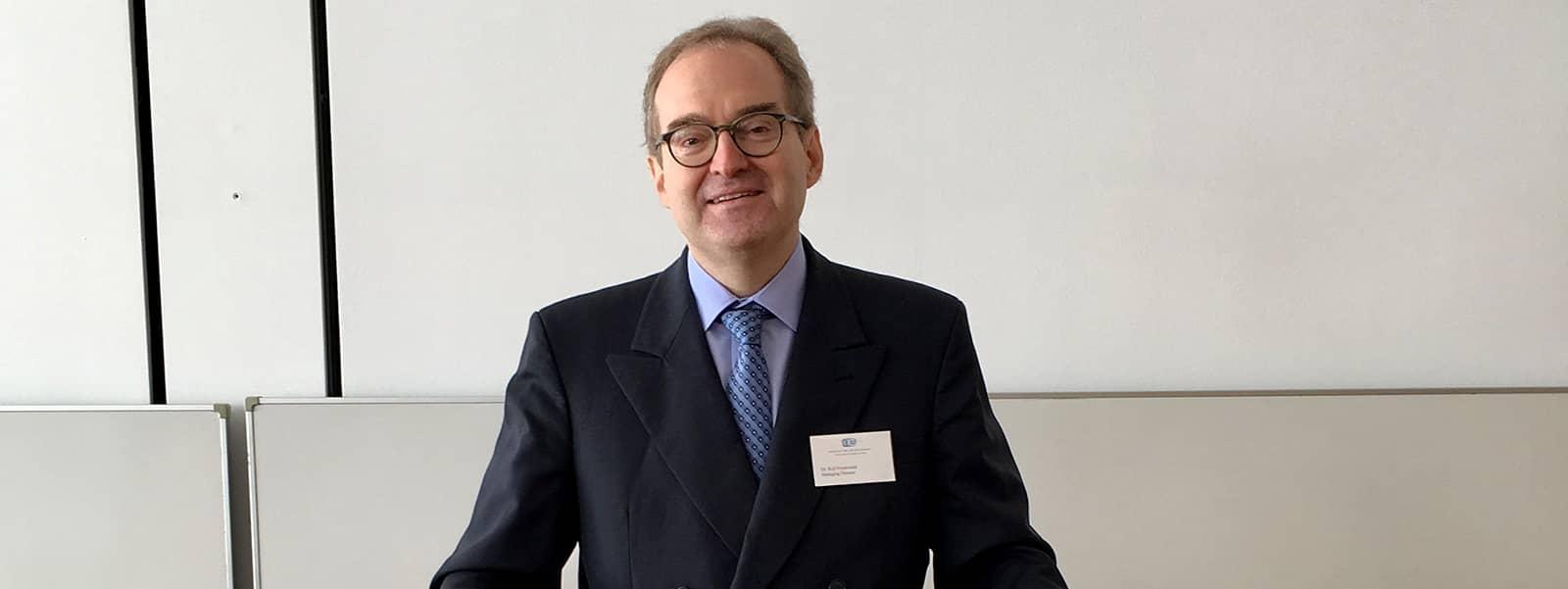 Dr. Rolf Friedewald